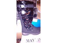 Wholesale monclair boots