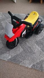 Kids Battery powered pedal motorbike. Very good condition