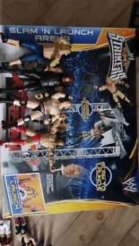 WWE SLAM AND LAUNCH ARENA WITH FIGURES