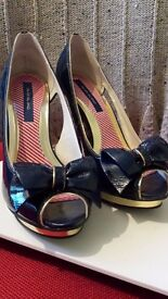 "Blue and gold peep toe patent 4"" heel pair of shoes"