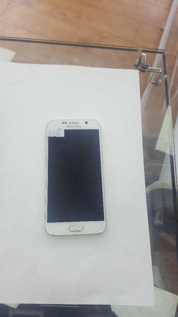 Samsung Galaxy S6 White Unlockedin Bradford, West YorkshireGumtree - Samsung Galaxy S6 White Unlocked Samsung Galaxy S6 32gb White Open to all networks Grade b condition Open to swaps at trade price 07546236295 Smartphones 37 Carlisle road Bd8 8as