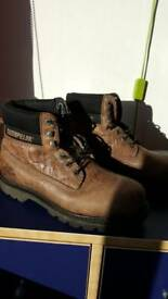 Mens CAT boots size8