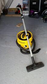 vacuum cleaner james