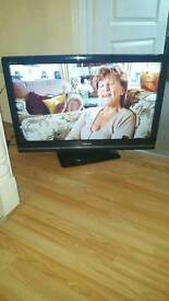 37inch toshiba regza LCD 1080P with built in freeview