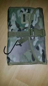 Kombat wash bag