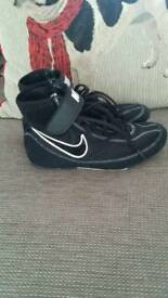 Boxing boots junior size 3.5 ul