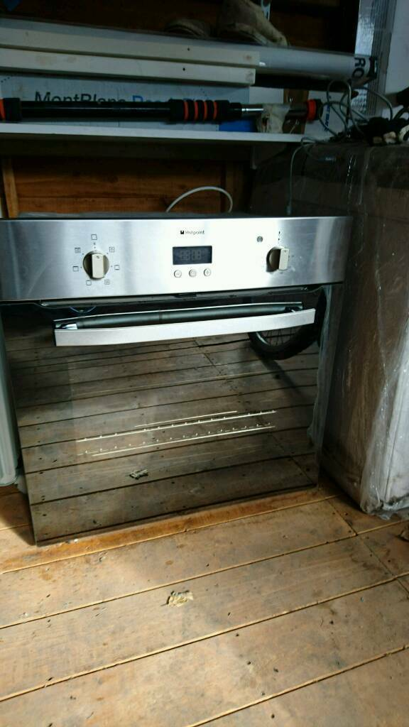 Hotpoint oven used just 4 months