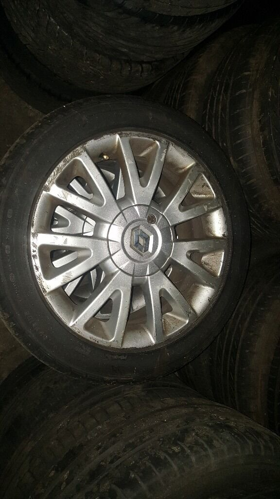 RENAULT CLIO 07 REG 16 INCH ALLOY WHEELS SET FOR SALE