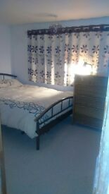 Double room,light and airy,close 2 local amenities