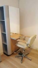 Hairdresser/salon unit
