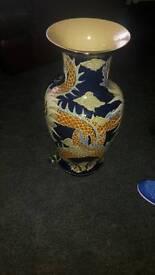 Dragon detailed vase