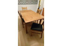 Extendable table and 4 matching chairs must go by 21st Nov