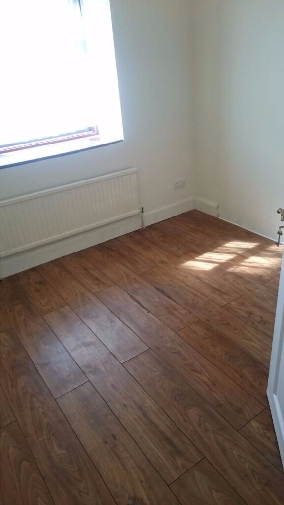 NEWLY REFURBISHED 3 BED HOUSE AVAILABLE TO RENT IN GANTS HILL £1650PCM!! 1 BATHROOM, 1 TOILET.