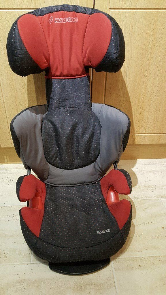 Maxi Cosi Rodi XR Car Seat in Red/Black/Grey Group 2-3 (3 1/2 to 12yrs)