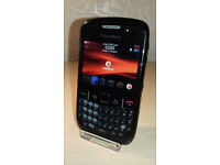 Blackberry Curve 8520 - Vodafone - Good Condition + Charger