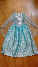 Disney Frozen Elsa Dress - musical & light-up, age 7-8