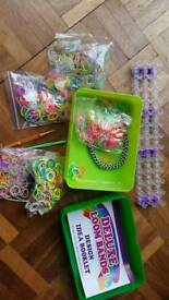 Loom bands and loom