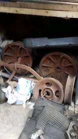Fordson N cast rear wheel centres
