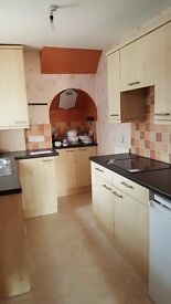 Elmwood Avenue, Wallsend, Newcastle. Immaculate. No bond*. DSS Welcome. VERY LOW MOVE IN COST
