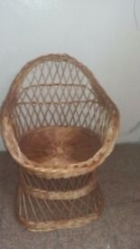 Child ( small ) wicker chair / Photo prop