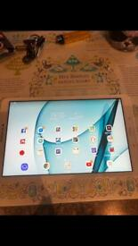 32GB white Samsung galaxy A6 tablet mint condition