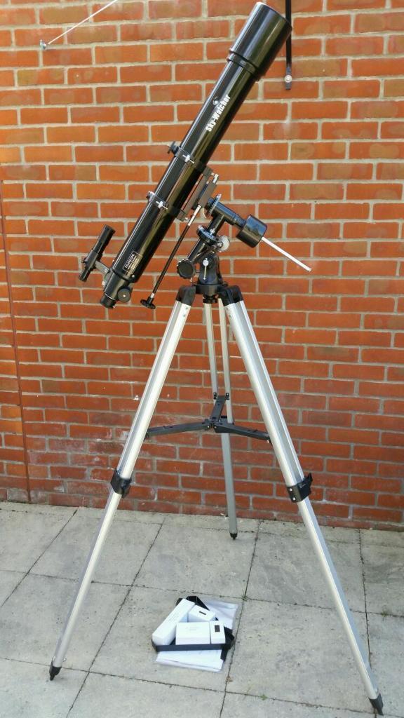 Skywatcher Evostar 90 Refractor Telescope in Lymington  : 86 from www.gumtree.com size 576 x 1024 jpeg 91kB