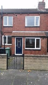 1 bed house with gas CH, double glazing, near city centre, suit professionals, no pets, no smoking