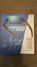 Tifosi Pro Escalate s.f.h. kit cycling sunglasses