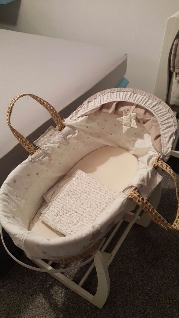 Good condition moses basket