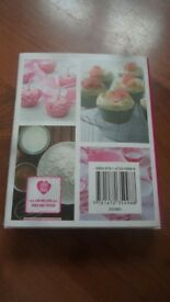 Cupcake and Muffin 150 RECIPES