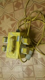 4 ways 110v transformer extension cable
