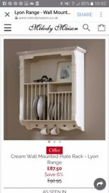 Cream Wall Mounted Plate Rack