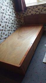 Wooden single bedbase