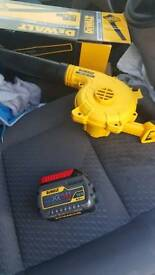 Dewalt bundle very litle use like new