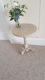 Shabby Chic table finished in Annie Sloan chalk paint
