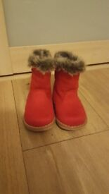 Young girls shoes & boots size 5