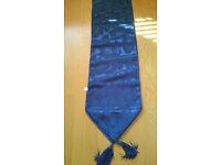 BARND NEW - Royal blue tabel runner