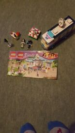 Discontinued Lego friends news van