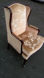 Gorgeous wingback arm chair in great condition