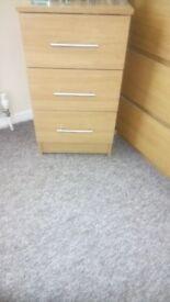 2 Bedside lockers