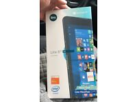 Linx 820 tablet brand new