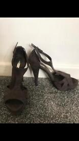 Zara size 5 heels