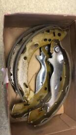 Ford fiesta rear brake shors