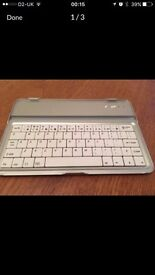 Ipad Mini Accessories (Bluetooth Keyboard, x2 Cases)