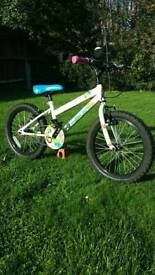 Girls bike age 5 to 8 18 inch Halfords