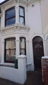 Room to rent in shared house. Fully furnished. No deposit required. Southsea, Portsmouth