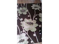Brown/green rug