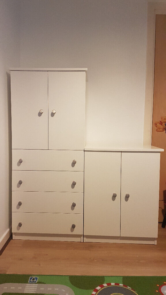 Bedroom Set Chest Of Drawers Amp Wardrode In Arbroath