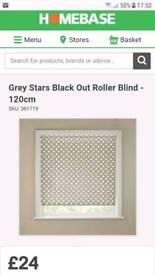 Grey star blackout blind