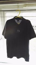 Hugo Boss T Shirt Size Medium Brand New